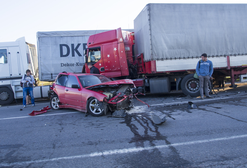 Ways to Preserve Evidence after a Truck Accident